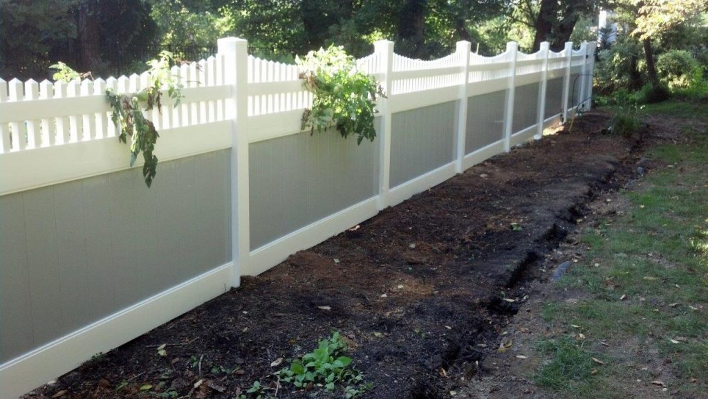 Services Oakmere Fence